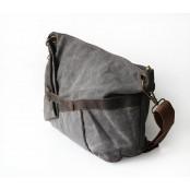 A422 MESSENGER™ Torba na ramię bawełna i skóra naturalna khaki